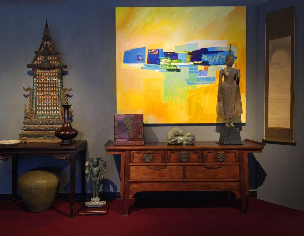 Robyn Buntin Of Honolulu Gallery: 848 S Beretania St, Honolulu, HI