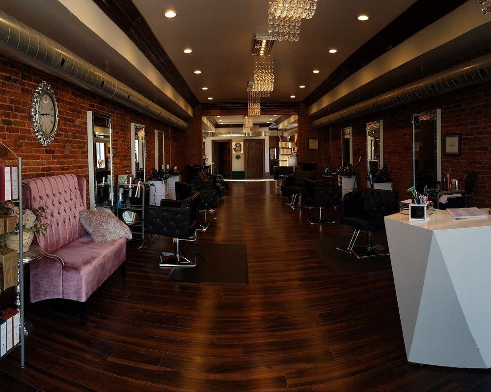 Lunatic Fringe Salon & Spa: 217 W Spring St, Saint Marys, OH