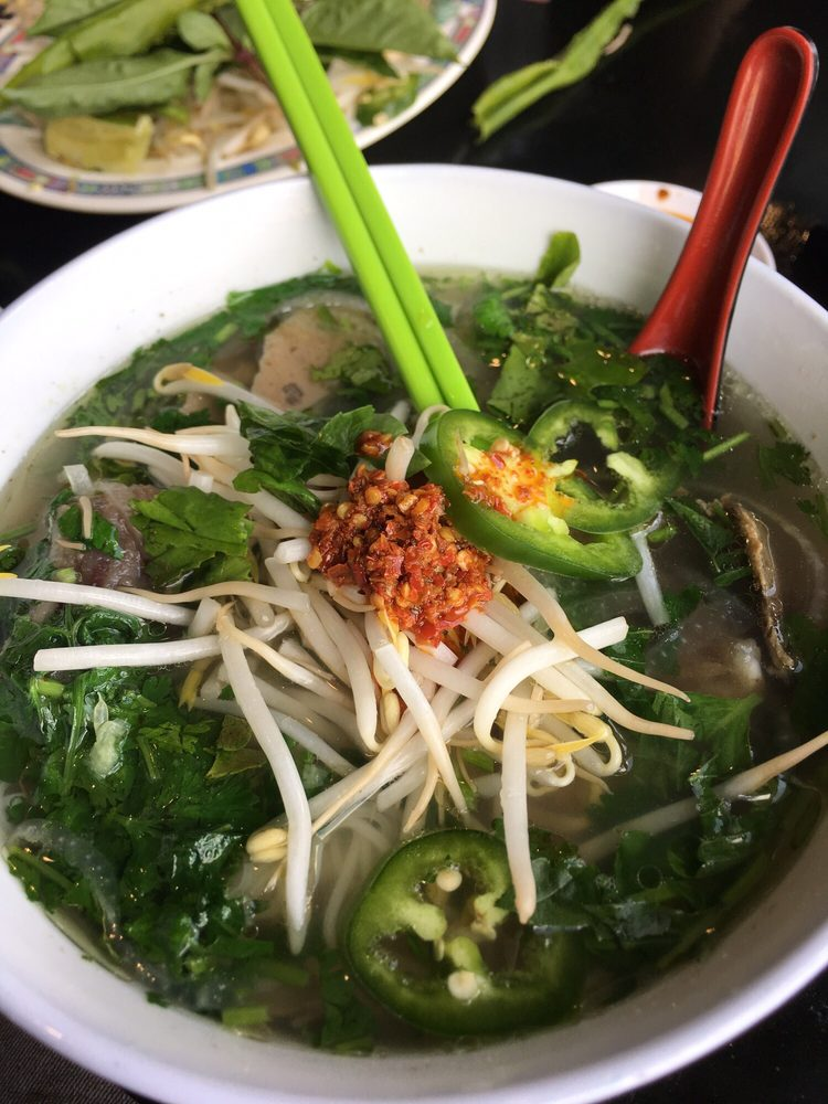 Chicago Pho: 2703 W Lawrence Ave, Chicago, IL