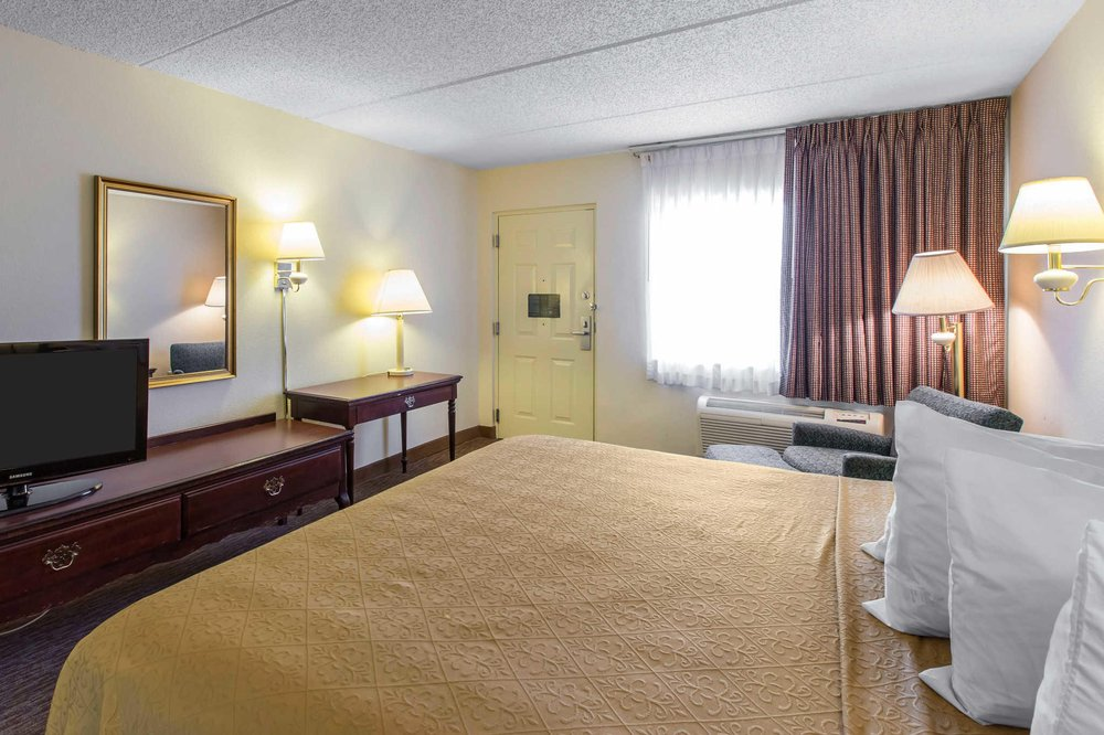 Quality Inn: 1601 16th Ave E, Cordele, GA