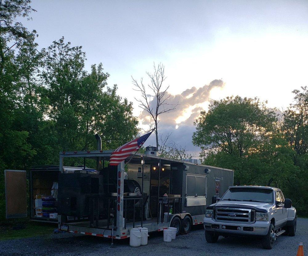 Sipes Smokehouse BBQ: 8461 Woodbury Pike, Hollidaysburg, PA