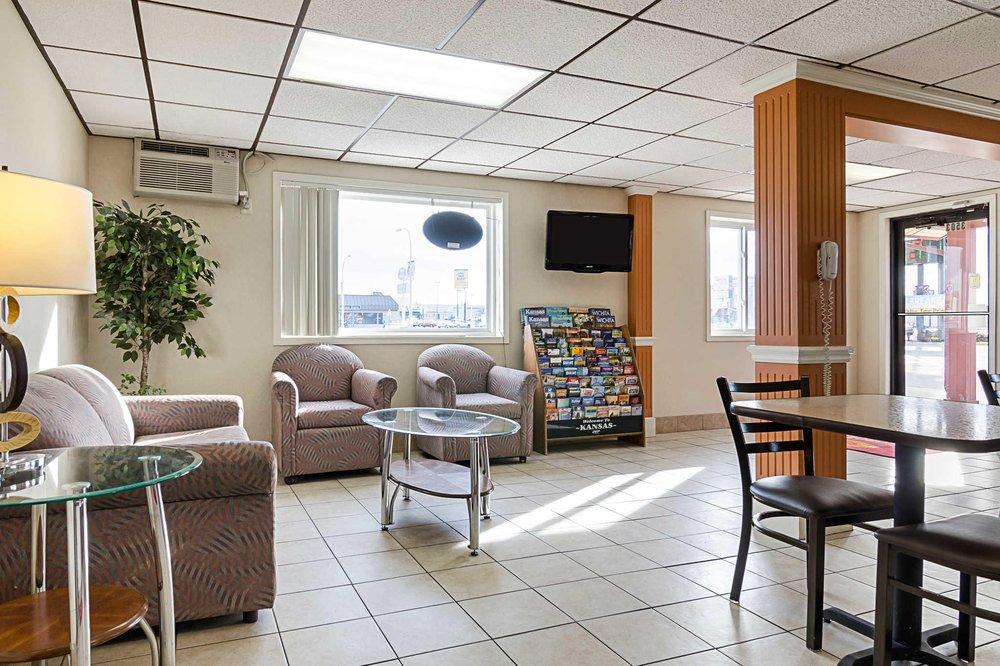 Econo Lodge: 3503 Vine St, Hays, KS