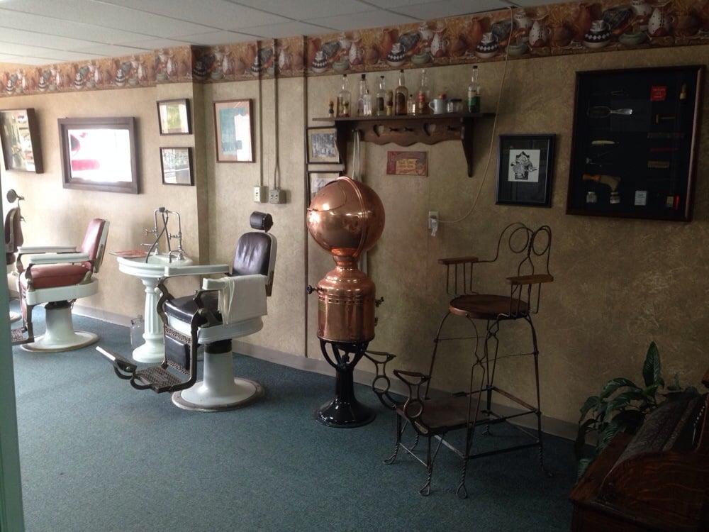Ga Ives & Company Hair Cutting: 109 Richmond St, Lancaster, KY