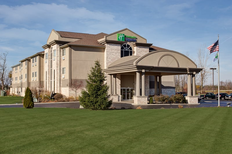 Holiday Inn Express & Suites Bucyrus: 1575 N Sandusky Ave, Bucyrus, OH