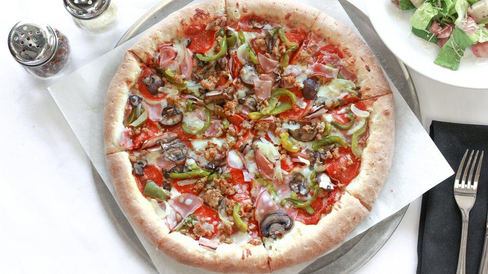Gina Maria's Pizzeria: 1525 N Placentia Ave, Placentia, CA