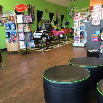 Sharkeys Cuts For Kids 16 Reviews Hair Salons 10670 Culebra