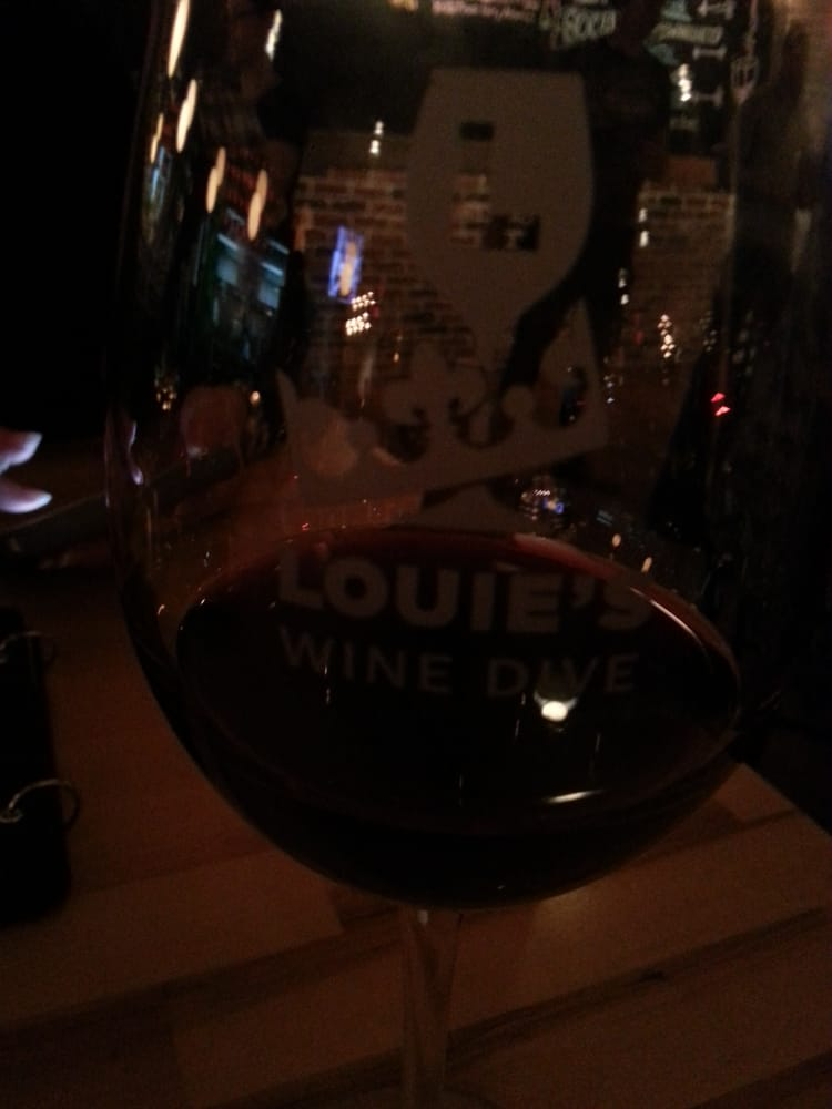 Louie S Wine Dive And Kitchen  Overland Park Ks