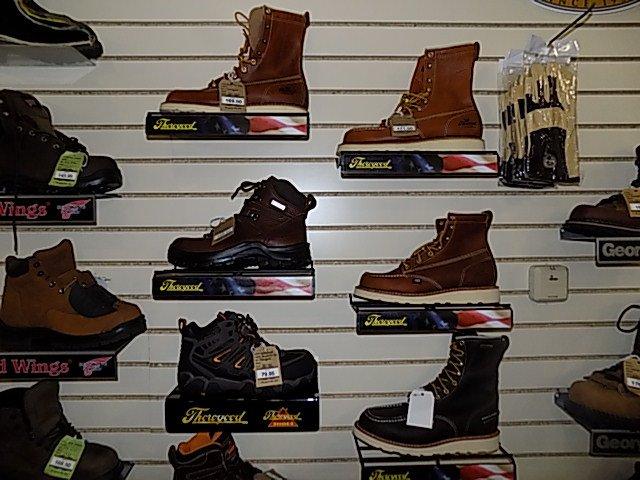 Brandywine Shoe Shop: 1620 Cambridge Rd, Honey Brook, PA