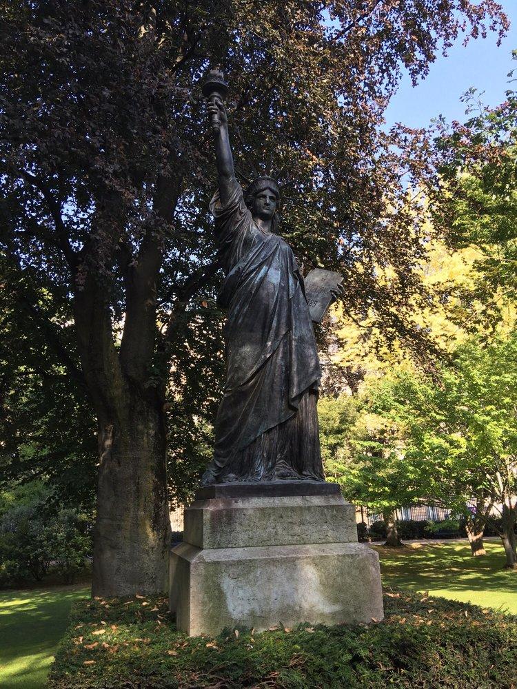 Mini estatua de la libertad yelp - Jardin du luxembourg adresse ...