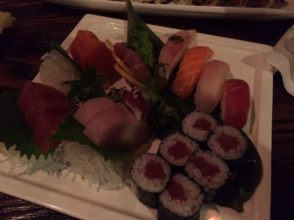 Sushi sashimi dinner yelp for Aka japanese cuisine houston tx