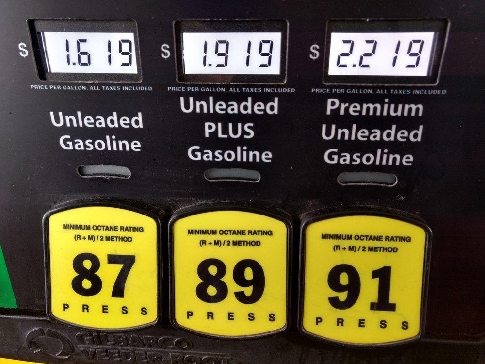 Love's Travel Stop: 11268 N Highway 99, Seminole, OK