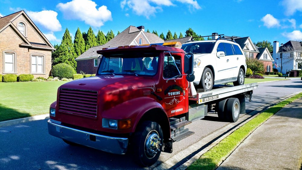 Towing business in Sugar Hill, GA
