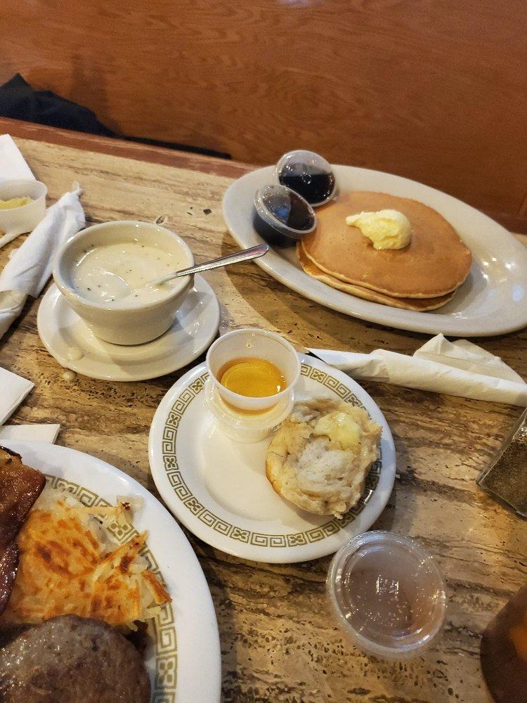 Country Kitchen: 279 E Ovilla Rd, Red Oak, TX
