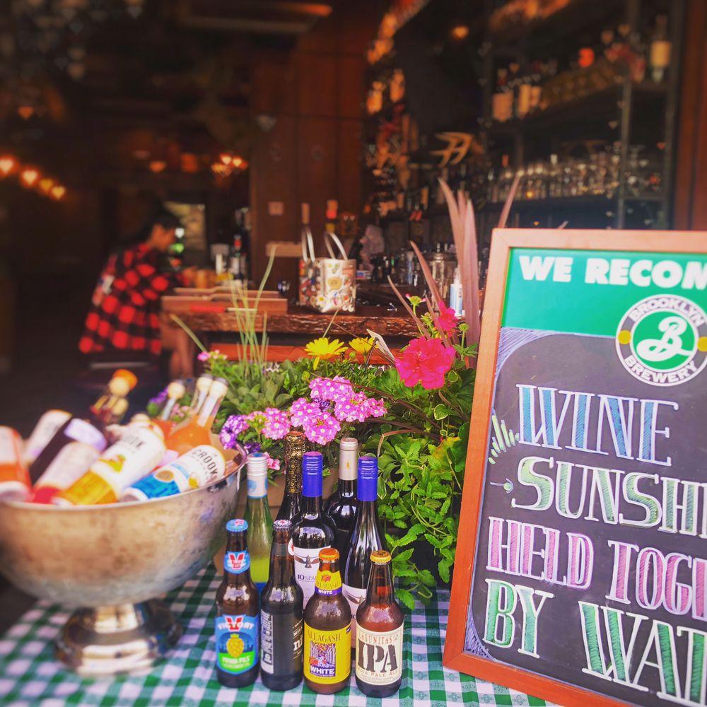 Tavern 157: 157-12 Northern Blvd, Flushing, NY