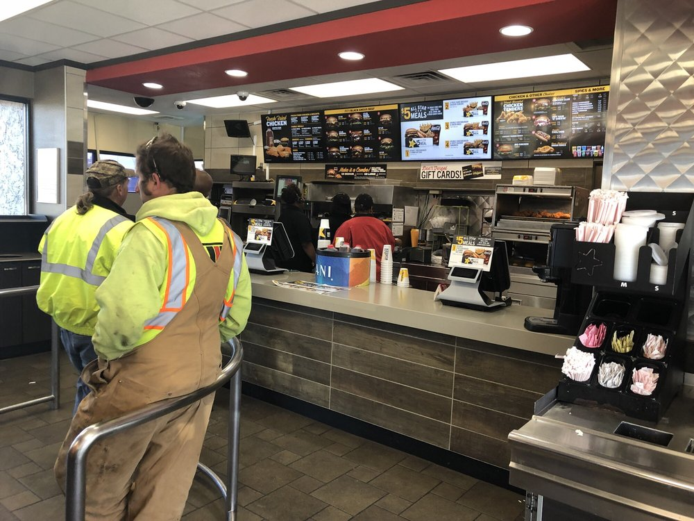 Hardees: 200 Railroad Ave W, Allendale, SC