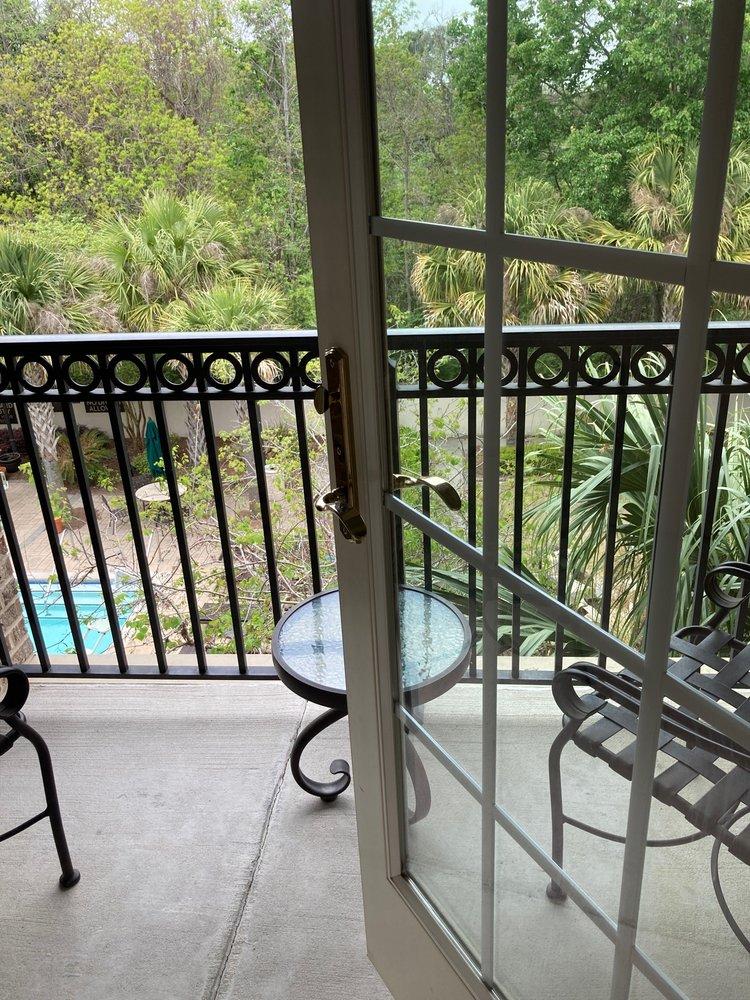 Courtyard by Marriott Charleston Mt. Pleasant - Mount Pleasant