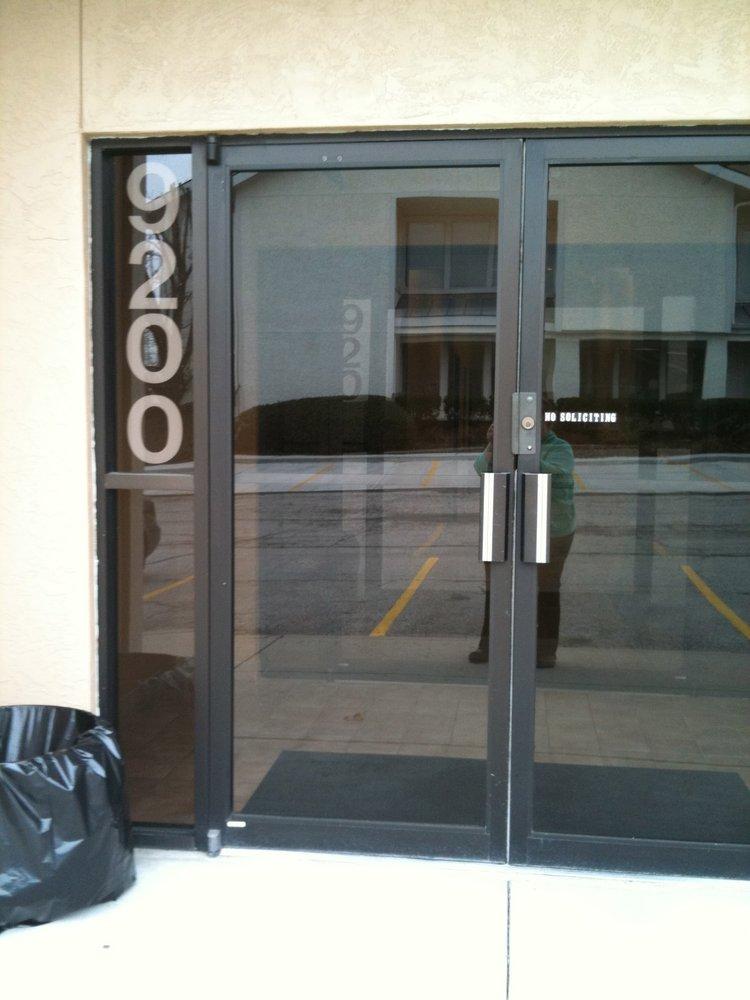 The Massage Lady: 9200 Glenwood St, Overland Park, KS