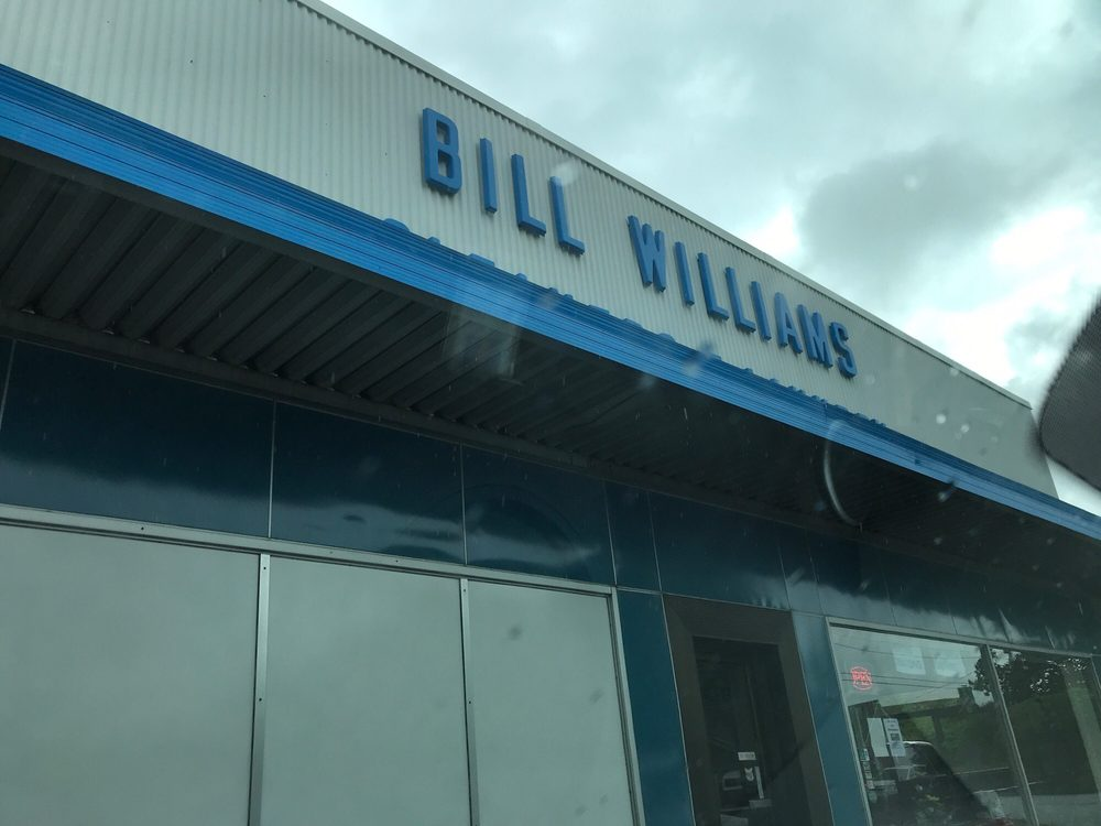 Williams Bill Cleaners & Laundry: 921 W Broadway Ave, Maryville, TN