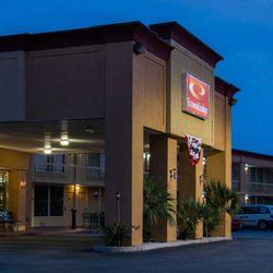 Photo Of Econo Lodge Savannah Gateway I 95 Ga United States