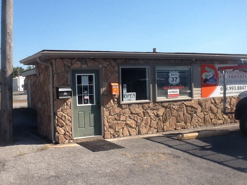 U-Haul Neighborhood Dealer: 1811 N Court St, Marion, IL