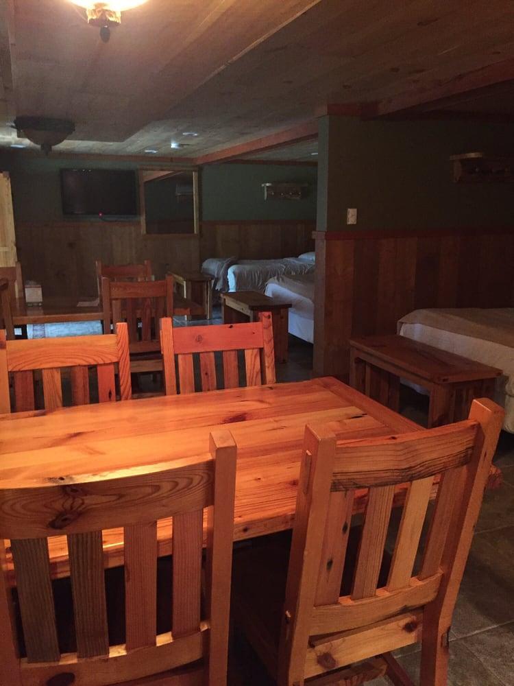 Cranberry Inn: 5491 N Hwy 51, Mercer, WI