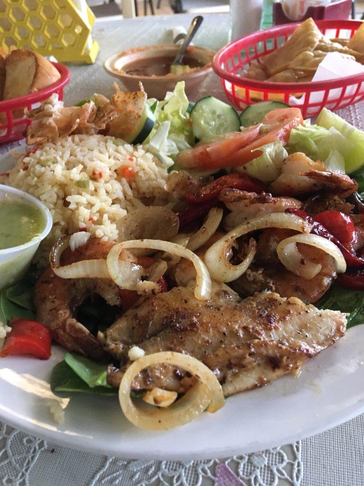 La Original Lupita's Restaurant: 2201 Hopper Rd, Houston, TX