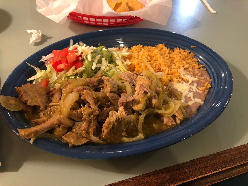 Don Julio's Mexican Restaurant & Cantina: 485 Veterans Pkwy N, Moultrie, GA