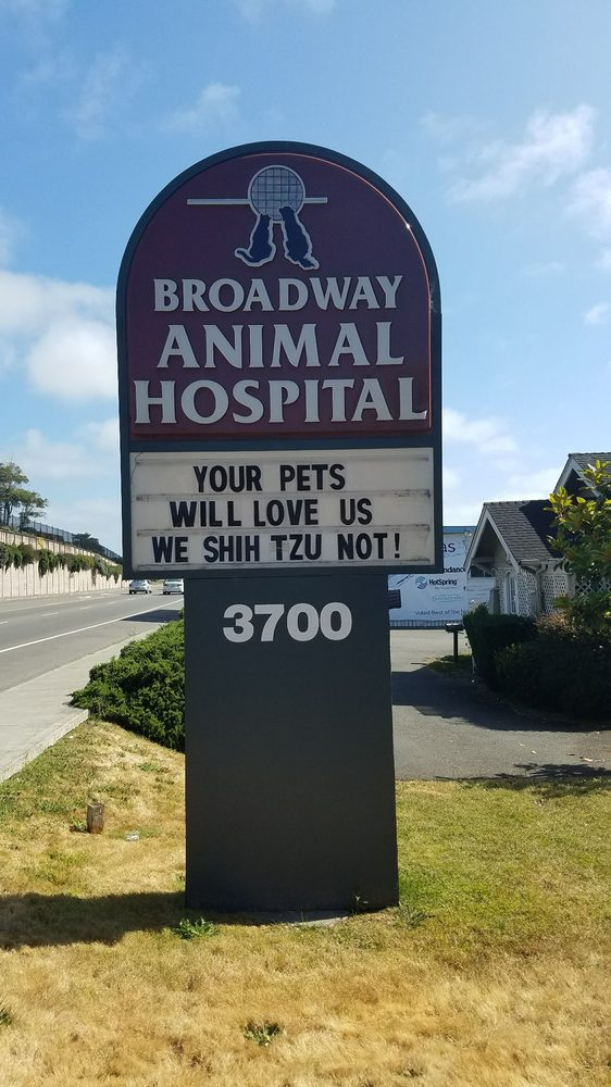 Broadway Animal Hospital: 3700 Broadway St, Eureka, CA