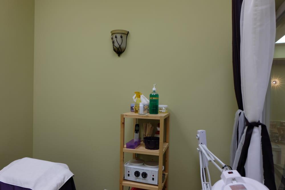 Waxing room yelp for 4 season nail salon