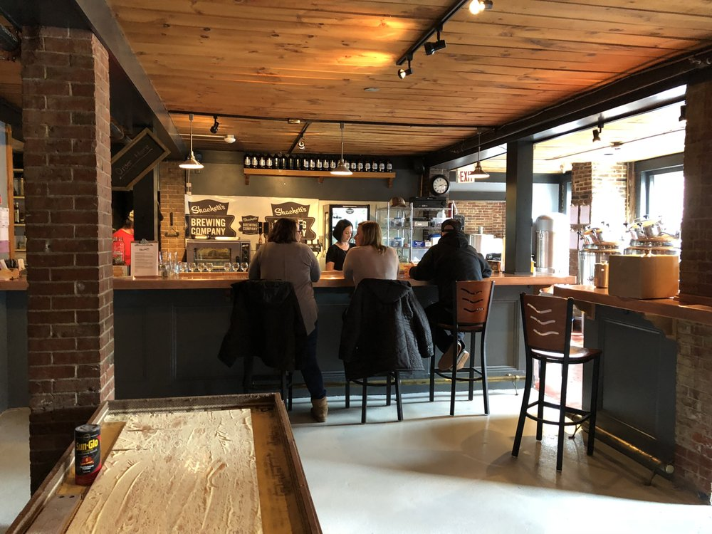 Shackett's Brewing Company: 26 Central Sq, Bristol, NH