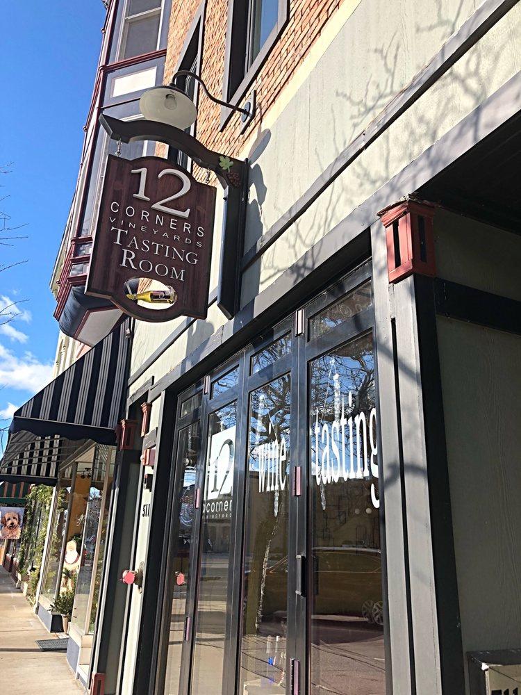 12 Corners Vineyards: 511 Phoenix St, South Haven, MI
