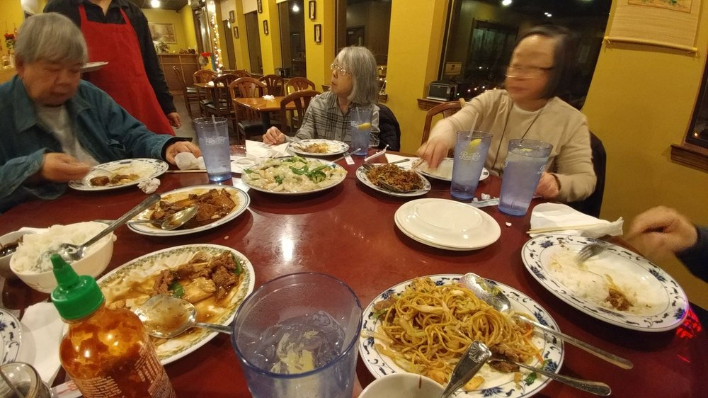 Chef Lin's Chinese Restaurant: 150 S Broadview St, Greenbrier, AR