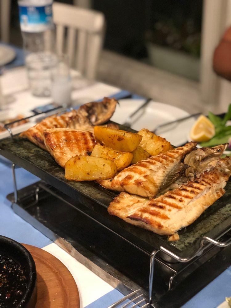 Eleos Restaurant