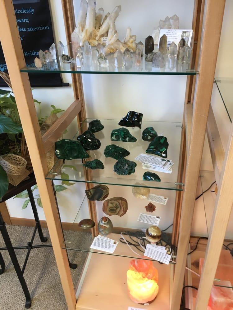 Blue Heron Crystals & Minerals: 1254 N Galena Ave, Dixon, IL
