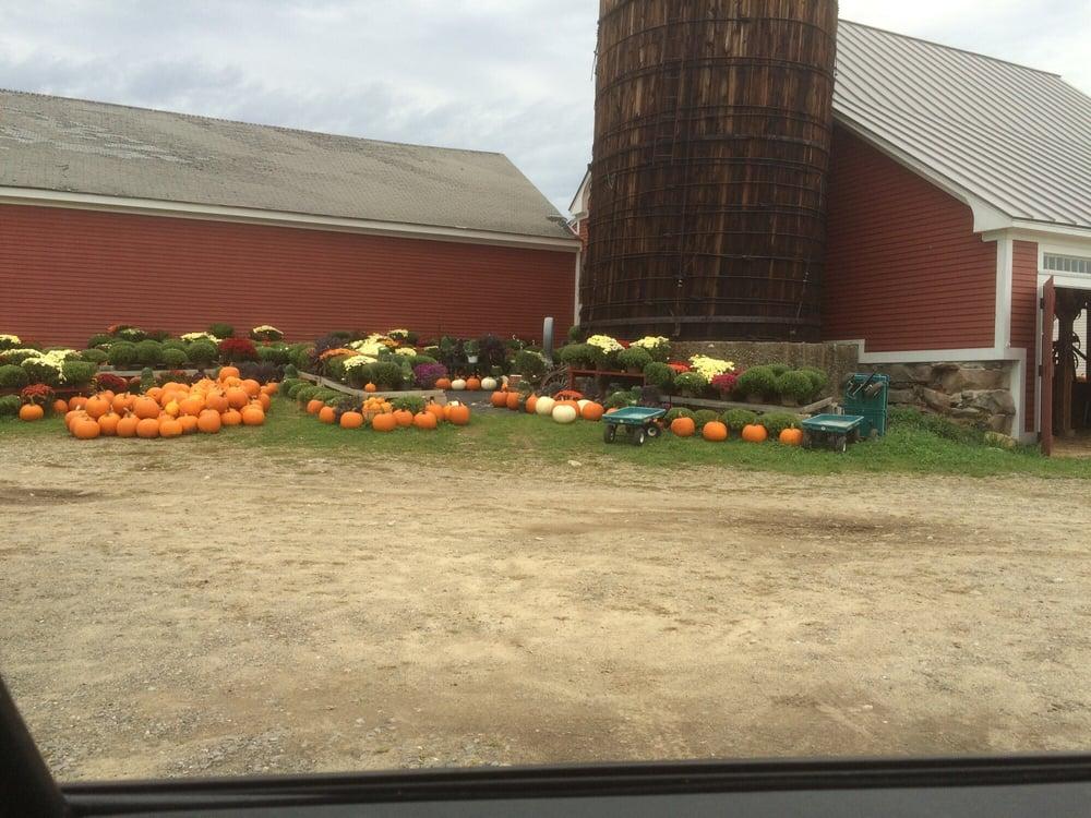 Sullivan Farm: 70 Coburn Ave, Nashua, NH
