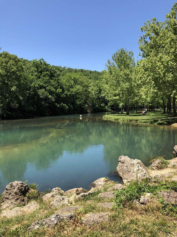 Bennett Springs State Park: US State Hwy 64, Lebanon, MO
