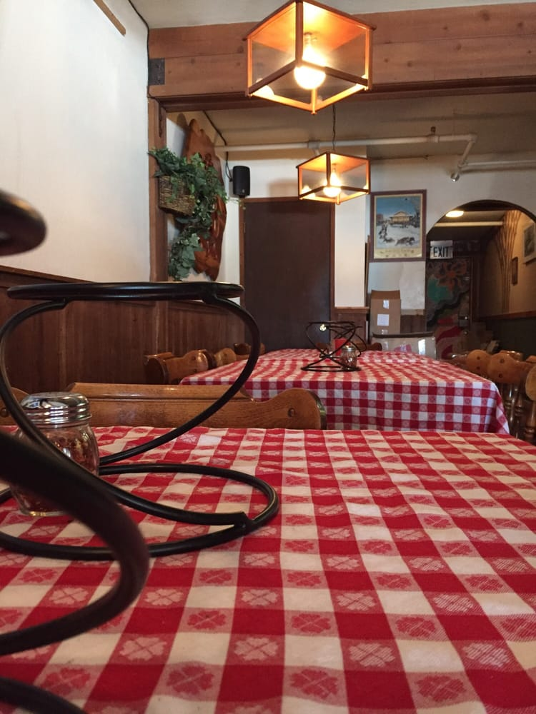 Mofo's Pizza & Pasta - 98 Photos & 213 Reviews - Pizza - 868 Tahoe Blvd, Incline Village, NV ...