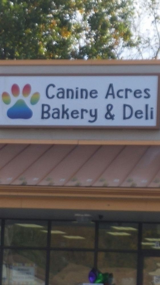 Canine Acres Bakery & Deli: 826 Rt 100 N, Bechtelsville, PA