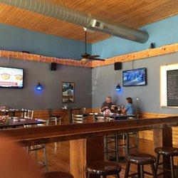 Fishtale Ale House 22 Photos 15 Reviews Pubs 530 4th St