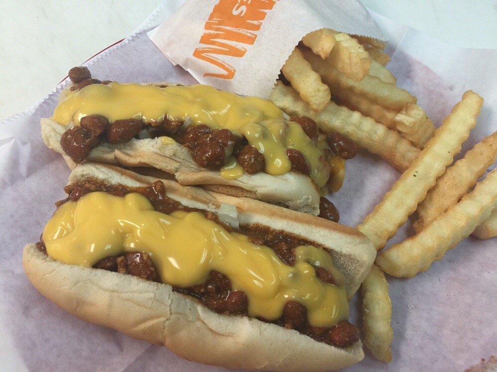 Deb's Hot Dogs: 1395 4th Ave SW, Bessemer, AL