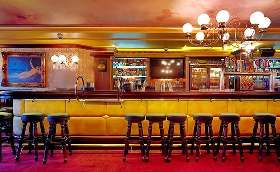 The New Version Of This Storied San Francisco Bar Is A Good Place For Decent Tail With Heavy Dose Fisherman S Wharf Vibrations