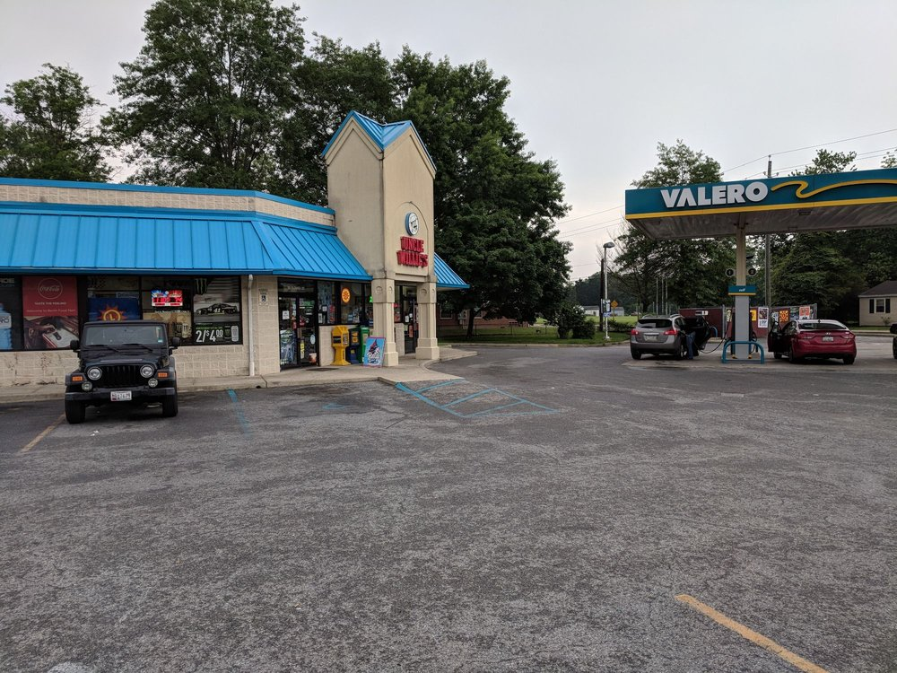 Uncle Willies: 111 Flower St, Berlin, MD