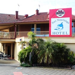 Port noarlunga hotel hotels 2 gawler st noarlunga - Accommodation port adelaide south australia ...