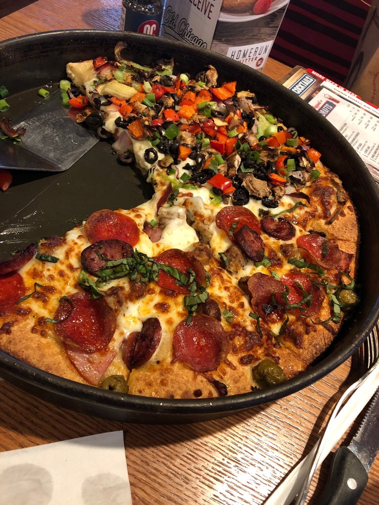 Food from Old Chicago Pizza & Taproom