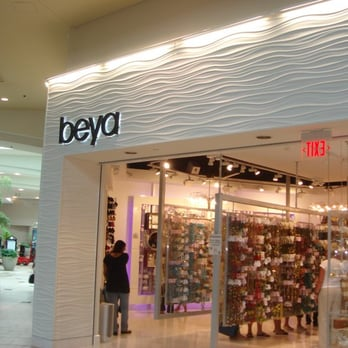 Beya, located at Miami International Mall: The