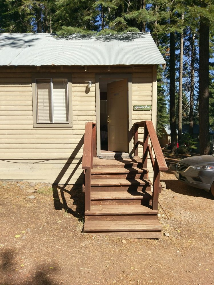 Plumas Pines Resort: 3000 Almanor Dr W, Canyondam, CA