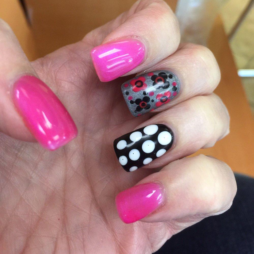 Pro Nails: 924 Main St NE, Hanceville, AL
