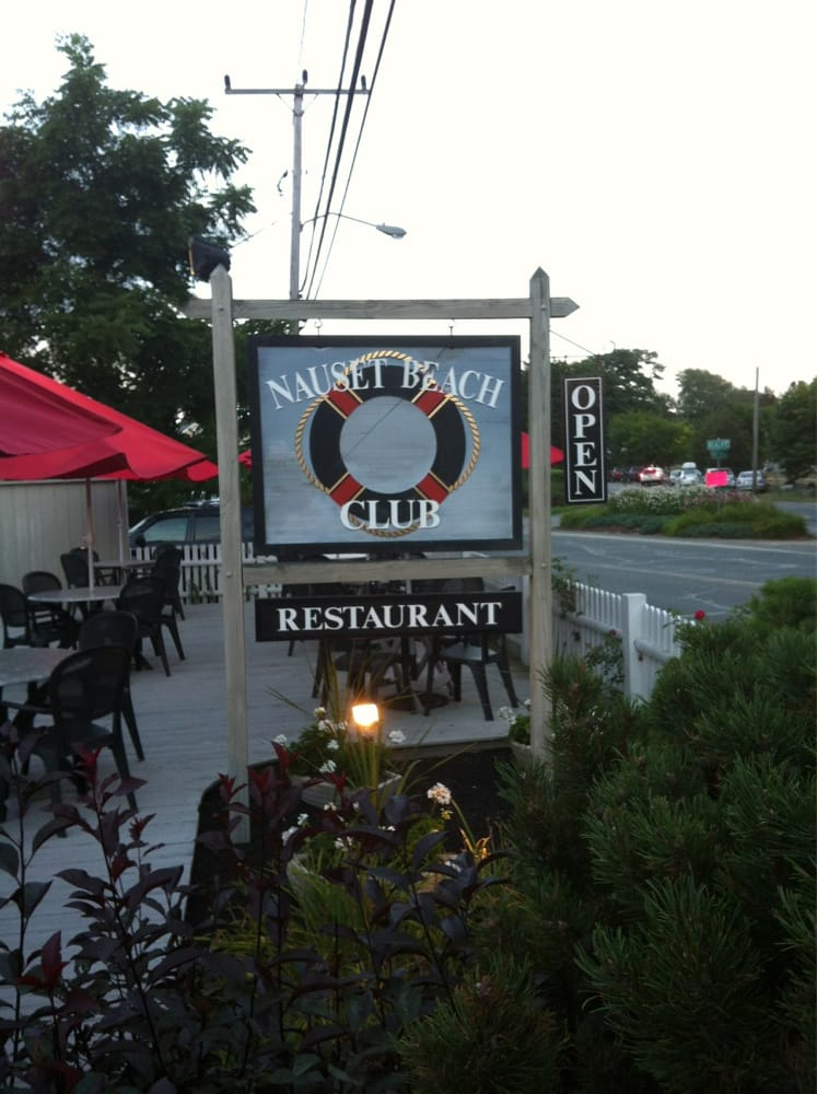 The Nauset Beach Club Restaurant East Orleans Ma