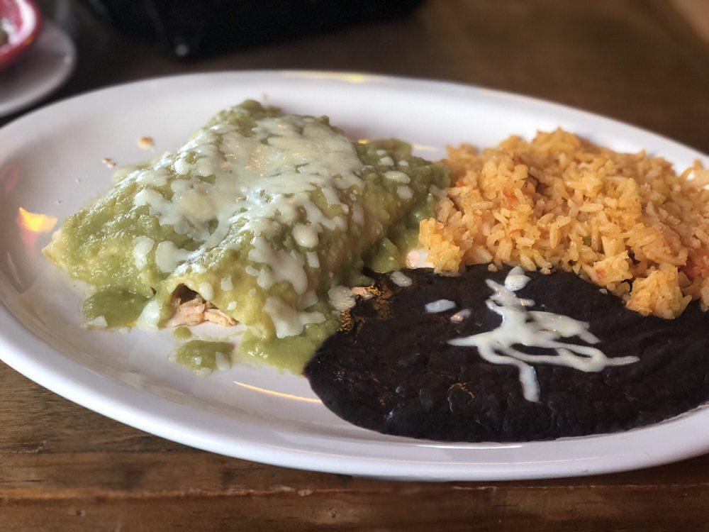 La Posada Mexican Grill: 18092 Highway 280, Dadeville, AL