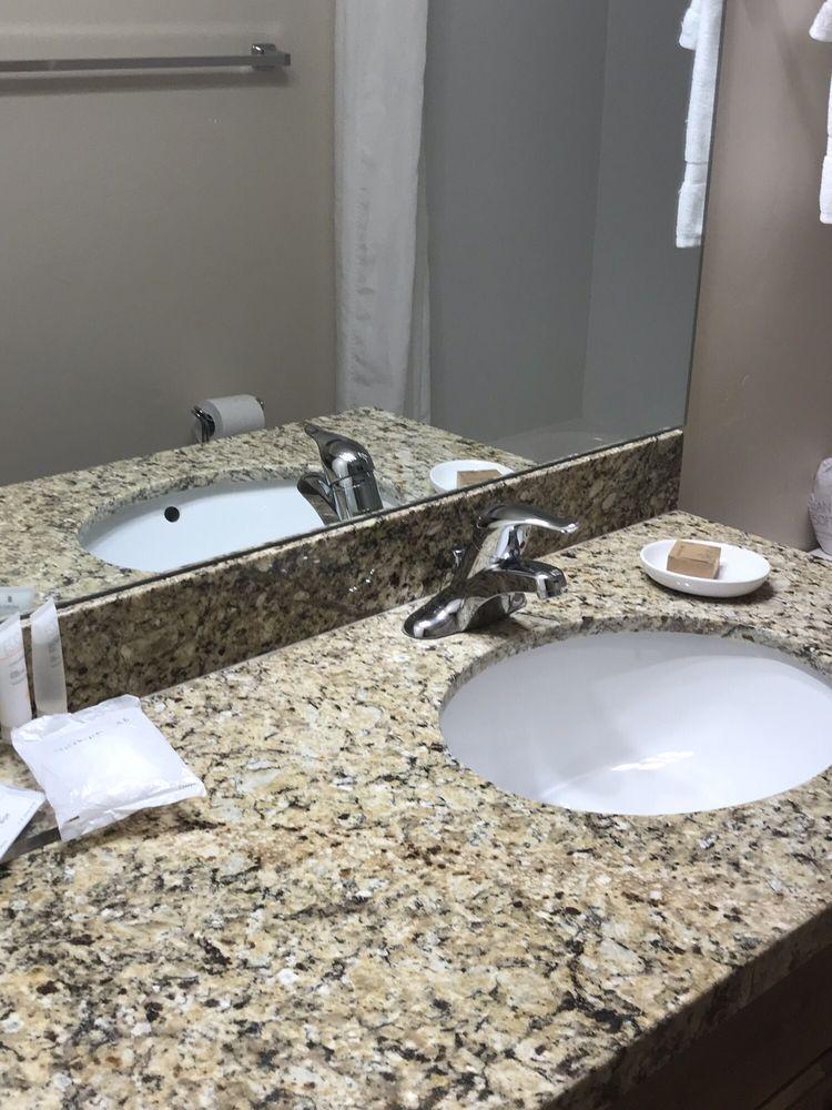 Winterton Suites: 75 S 100th W, Duchesne, UT